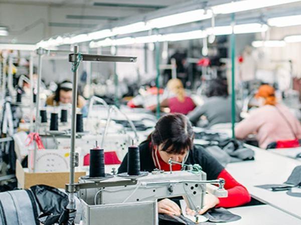 专注一二线女装品牌ODM/OEM一站式定制服务-深圳恒优服饰