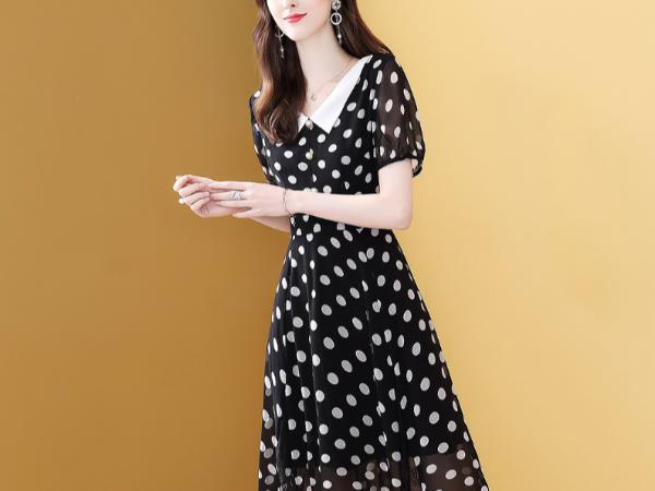 黑色波点雪纺连衣裙女法式复古短袖