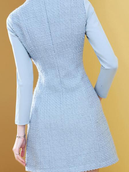 蓝色小香粗花呢连衣裙展示图1