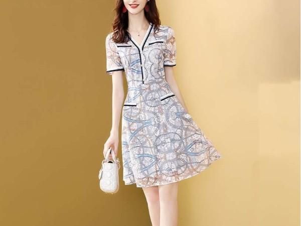 法式小众蕾丝连衣裙拼接条纹短袖V领裙子