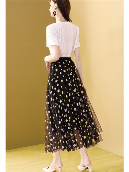 小雏菊网纱半身裙
