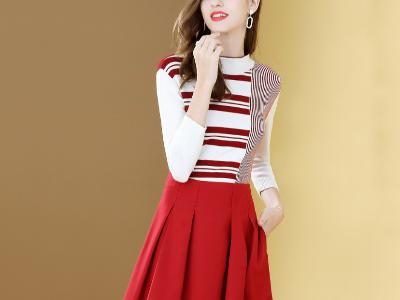 连衣裙红白撞色条纹针织百褶两件套装裙