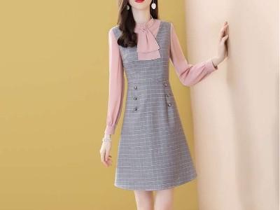 拼接格子假两件连衣裙女显瘦长袖减龄裙子
