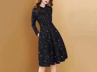 新款女装流行内搭打底连衣裙成熟气质长袖
