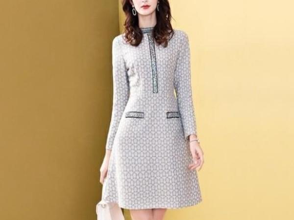 连衣裙复合蕾丝钉珠收腰显瘦裙子