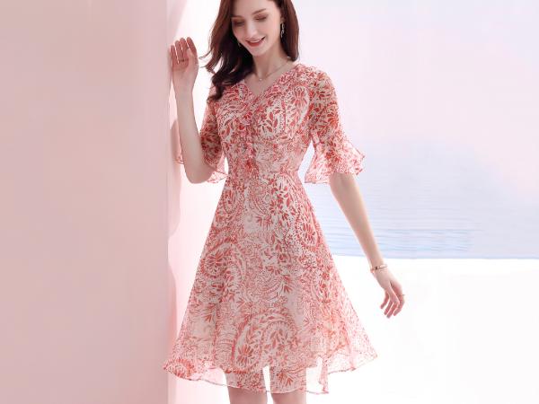 气质真丝印花连衣裙时尚优雅修身