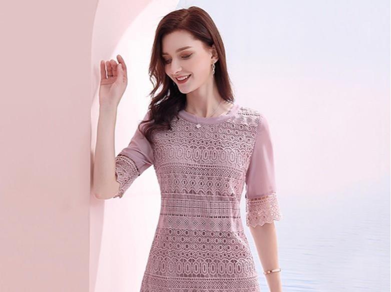 蕾丝雪纺拼接连衣裙收腰显瘦款