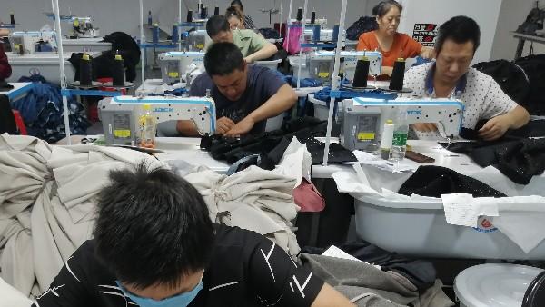 备战双11,深圳女装贴牌加工厂的日与夜