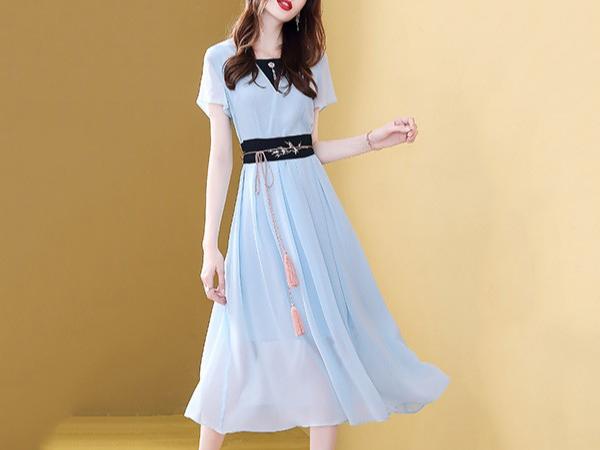 时尚气质收腰显瘦雪纺连衣裙