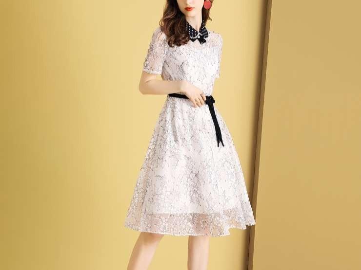 小香风网纱蕾丝连衣裙