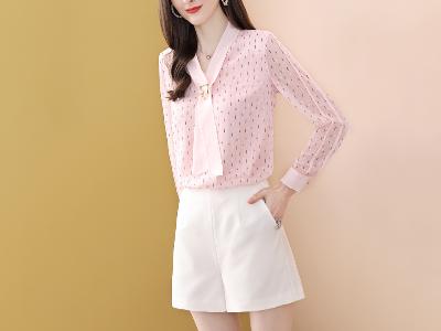 粉色印花雪纺上衣长袖套头甜美T恤女