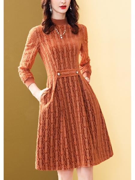 复合金丝绒连衣裙
