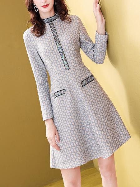 复合蕾丝钉珠收腰显瘦裙子