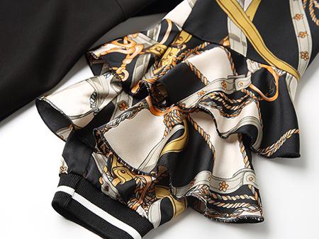 黑色袖子印花连衣裙细节1