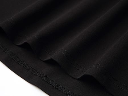黑色袖子印花连衣裙细节2