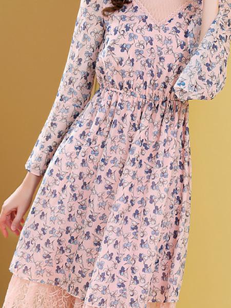 粉色碎花连衣裙展示图