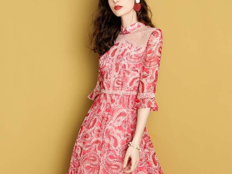 红色印花真丝连衣裙女拼接蕾丝桑蚕丝