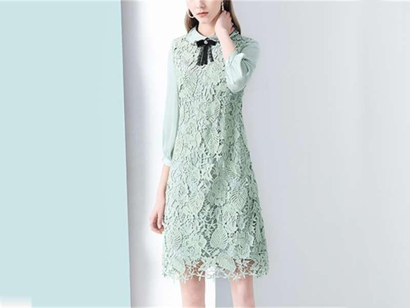 绿色宽松连衣裙女娃娃领遮肚裙子