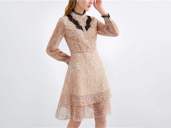 雪纺碎花连衣裙中长款蕾丝显瘦印花a字裙