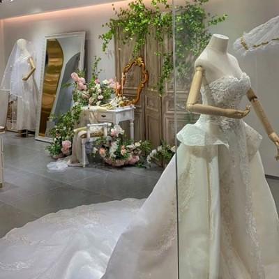 2020婚纱礼服市场份额已经超过2000亿