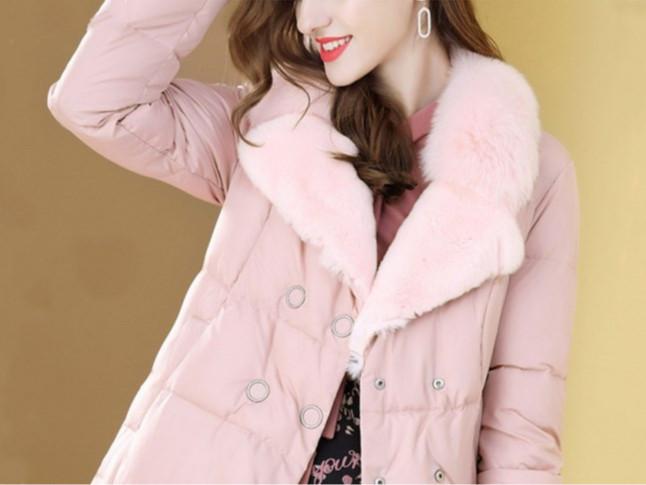 羽绒服粉红轻奢中长外套