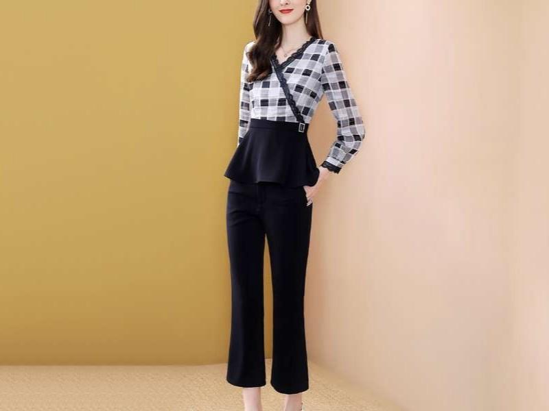 欧洲站套装女格子上衣+喇叭裤洋气两件套
